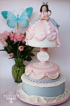 Little Marie Antoinette - by Three Little Blackbirds @ CakesDecor.com - cake decorating website