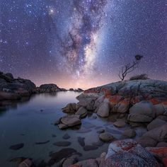 """@fantastic_earthpix's photo: """"Photo by @midnight_photography check his feed out for more"""""""