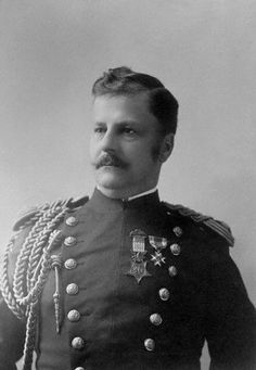 Lt Gen Arthur MacArthur, Jr was the father of Gen Douglas MacArthur of WW2 fame. In addition to their both being promoted to the rank of general officer, Arthur MacArthur, Jr. and Douglas MacArthur also share the distinction of having been the first father and son to each be awarded a Medal of Honor. When MacArthur retired in 1909, he was one of the last officers on active duty in the Army who had served in the Civil War.