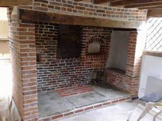 Fireplace Restoration Surrey – Inglenook Restoration – Fireplace Restoration Services in Surrey. Exposed Brick Fireplaces, Inglenook Fireplace, Wood Burner Fireplace, Primitive Fireplace, Kitchen Chimney, Log Burning Stoves, Snug Room, Rustic Mantel, Cottage Living Rooms
