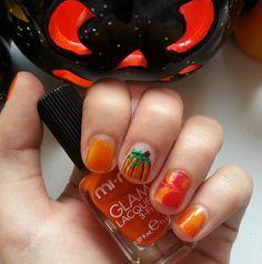 La nostra Follower Veronica ha già creato la MI-NY Nail Art per questa Sera... E Voi girls, cosa state Aspettando?  HAPPY HALLOWEEN #halloween #nailart #pumpkin #scary #halloweennight #halloweennailart #zucca #orange #minycosmetics #nailpolish #minyswatches  http://instagram.com/p/uz-T-NuXm8/