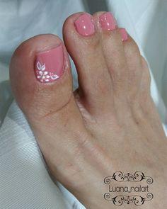 Unhas do Pé Decoradas 1445,  #unhasbonitas #UnhasDecoradasSimples #UnhasLindas, Toe Nail Color, Toe Nail Art, Nail Colors, Acrylic Nails, Fall Nail Art Designs, Colorful Nail Designs, Fingernail Designs, Toe Nail Designs, Pretty Toe Nails