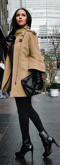 COAT/SHORT/SHIRT/BAG : Zara, BOOTS : Burberry Prorsum
