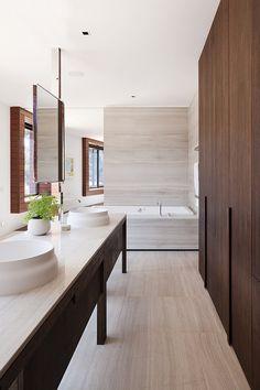 Rachcoff Vella Architecture have designed a house named Piermont located in Ballarat, Australia.