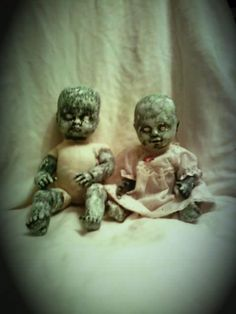 {Pure Massacre} Really scary zombie dolls #zombies #undead #PureMassacre