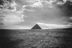 Pyramid of Cheops Landscape / 2005 / Film Photography © Marie-Eve Painchaud Giza, Professional Photography, Cairo, Film Photography, Art Images, Egypt, Eve, Old Things, Display