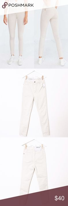 "Ivory High Waist Skinny Jeans Urban Outfitters — BDG 'Twig High Rise' in Ivory ⑊ Size 28 ⑊ MSRP $59.00  ⌁ Measurements: 28"" waist 11.5"" rise 33"" hip 29"" inseam  ⌁ Material: 98% cotton 2% spandex  ⌁ Condition: New with tags. Have some dust spots, but they should come off when washed.  Comment below if you have any questions. Please make all offers using the ""offer"" button. No trades. No holds. Comes from a smoke-free/pet-free home. Not responsible for lost/damaged mail. All sales are final. ♡…"