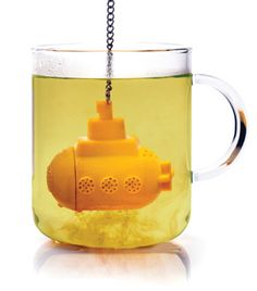 We all live in a yellow submarine very Beatles ! so cute ! #tea #yellow #Beatles
