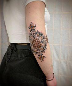 Pretty Tattoos, Love Tattoos, Sexy Tattoos, Beautiful Tattoos, Body Art Tattoos, Tattos, Arabic Tattoos, Piercings, Piercing Tattoo