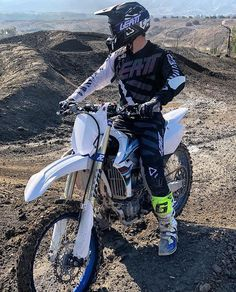 Introducing the 2019 Leatt GPX Kit range. No matter what Mother Nature throws your way, we've got you covered with our wide range of apparel. We help you rip through the mud so that you can focus on that checkered flag at the finish line. Motocross Love, Motorcross Bike, Motocross Riders, Motorcycle Dirt Bike, Dirt Bike Girl, Moto Bike, Motorcycle Store, Dirt Biking, Cool Dirt Bikes