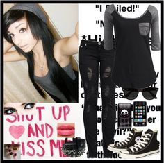 Emo style / outfits / black