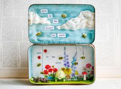 """""""Love is the Honey"""" Storybox"""