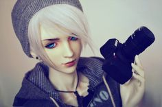 Young Photographer by Yuki-Arisu on deviantART