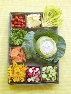 Veggie tray that I would do w/hummus.
