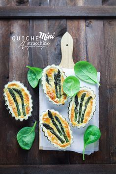 Asparagus mini quiches. Click to read the recipe or pin it for later!