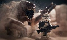 Stunning Photos of 'Star Wars' Scenes Created with Lego