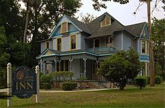 """Seven Sisters Inn   Ocala Florida   Haunted Travels USA     Featured in SyFy's Ghost Hunters episode in October 2008, this inn has experienced much activity that clearly validates the known """"seven spirits"""" that have never checked-out of the inn, including two of the original inhabitants that lived in the gothic Victorian for over fifty years,"""