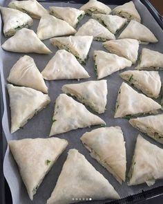 Üçgen Börek Tarifi | Sosyal Tarif Fish Dishes, Burritos, Brunch, Appetizers, Meat, Breakfast, Food, Crack Crackers, Amigurumi