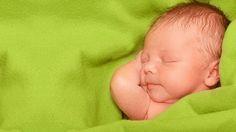 Τι να κάνω για τις επίμονες πράσινες κενώσεις του μωρού;