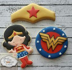 Wonder Woman Birthday M& Superhero Cookies, Girl Superhero Party, Girls Party, Superhero Cake, Ladies Party, Wonder Woman Kuchen, Wonder Woman Cake, Wonder Woman Party, Fancy Cookies