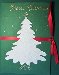 Christmas tree made using a multiframe die in a Cardonnay class.