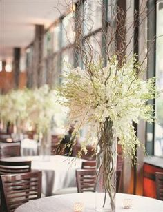 Centerpiece of the Day:Willow Branches and Freesia - I really like this. Do you?
