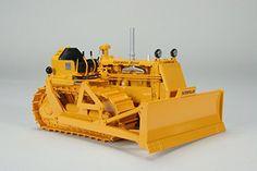 CAT Caterpillar D4 7U Crawler with 4S Blade and #44 Hydra...