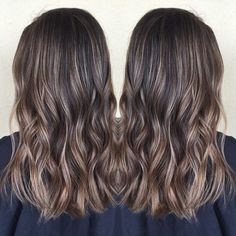 I've had some awesome brunettes lately! She came in with super long dark hair and we chopped 6in and brightened her up for summer @habitsalon #hairpainting #balayage #babylights #highlights #brunette #summerhair #prettyhair #beachwaves #wavyhair #pretty