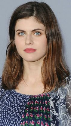 Alexandra Anna Daddario is an American actress. She is known for playing Annabeth Chase in the Percy Jackson film series, […] Hollywood Celebrities, Hollywood Actresses, Hollywood Life, Alexandra Anna Daddario, Beautiful Eyes, Beautiful Women, Matthew Daddario, Sleek Ponytail, Emma Watson