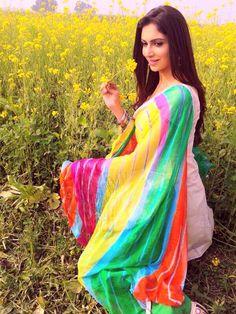 Simran Kaur Mundi, Punjabi beauty