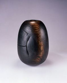 David Ellsworth wood vessel