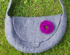 Hot pebble grey felted handbag with purple flower - shoulderbag - purse