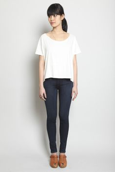 my perfect work outfit / square tee / black crane