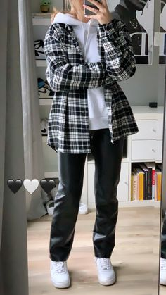 Swaggy Outfits, Edgy Outfits, Teen Fashion Outfits, Cute Casual Outfits, Fall Outfits, Flannel Outfits, Tomboy Fashion, Look Fashion, Streetwear Fashion