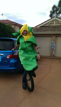 30 Witchin' Pun Costumes That Will Make You Cackle