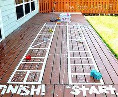 L'estate è vicina ed ecco alcune idee economiche e geniali per trasformare la vostra casa in un parco divertimenti e tenere impegnati i vostri bambini in modo originale.