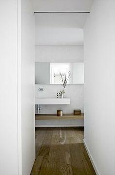 Long lengthen mirror on white (Calm Barcelona home, via Coco Lapine Design) Modern Sink, Modern Bathroom, Master Bathroom, Bathroom Interior Design, Interior Decorating, Decorating Ideas, Home Furniture, Modern Furniture, Contemporary Shower