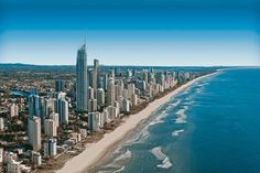 3 Day Guide to Australia-Surfers Paradise,Main Beach,Gold Coast,Oxenford by HipTraveler