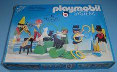 Playmobil...esse eu tinha.