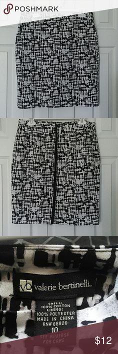 Valerie bertinelli skirt sz 10 Multicoloured skirt no stretch Valerie Bertinelli Skirts Midi