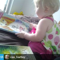Wook at those widdle arms and widdle cheeks! #Repost @cas_hartley・・・Helping mummy with the 2015 Oracle Reading <3 #2015workbook #familylife #ausmumdreamlife #love #mummyslittlehelper #gaia #oraclecards
