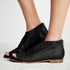 a21108ccbbc6 Women Peep Toe Sandals Casual Comfort Zipper Shoes