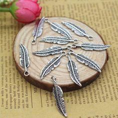 30x8mm Zinc Alloy Feather Charm Antique Tibetan Silver Pendant Jewelry Products Charms Diy Pendants For Necklace Bracelets 30Pcs