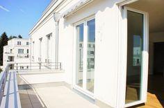 Zu verkaufen in Berlin: Elegante 3-Zimmer Wohnung im Erstbezug mit 2 Bädern und Süd-West Balkon  For sale in Berlin: elegant 3 room, 2 bathroom apartment with south west facing balcony
