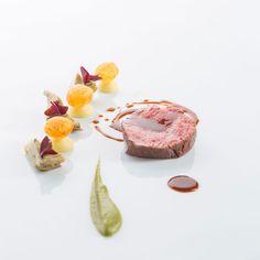 Говяжья вырезка с артишоками и картофелем, Отель Elephant в Брессаноне Итальянская кухня рецепты Средиземноморская диета Средиземноморская кухня