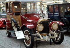 Benz GR de 1918 Benz GR, véhicule ancien produit en 1918, cette voiture a un moteur 4 cyl. 2.6L 25 ch, pour une vitesse maximum de 70 km/h.