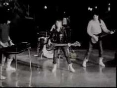 "Suzi Quatro - Devil Gate Drive - ""The Original B Clip"""