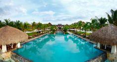 Crimson Resort and Spa Mactan's infinity pool.