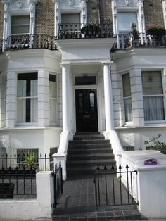 Two double bedroom flat with third single bed « Flats and apartments to rent £450pw - Loot.com