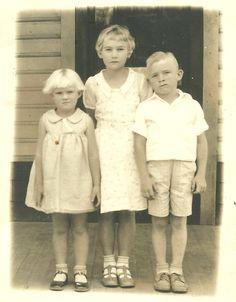 1940s europe children cloth